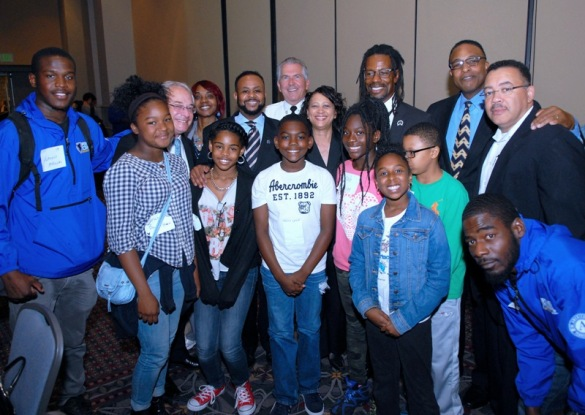 Students and staff from the Jubilee School join U.S. Attorney Robert Reed, City Council Majority Leader Curtis Jones Jr., Police Advisory Commission Executive Director Kelvyn Anderson and Deputy Police Commissioner Kevin J. Bethel for a popcorn break.